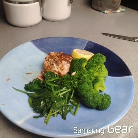 salmon broccoli spinach