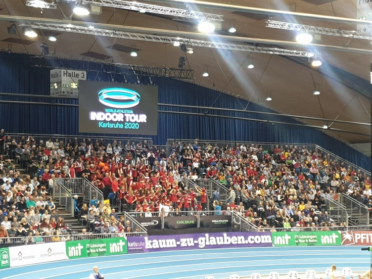 Crowd support for Pole Vault King, Renaud Lavillenie